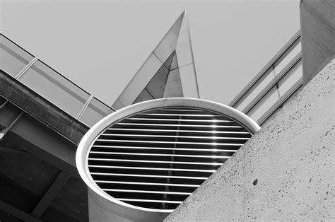 eclairage exterieur batiment industriel images gratuites lumi 232 re noir et blanc architecture