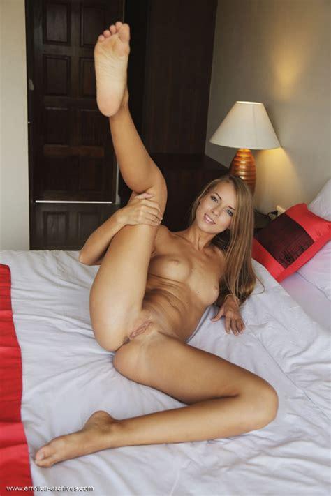 Stella Lane Erotic Leggy Model