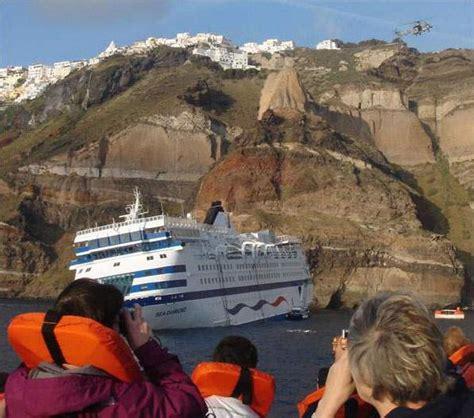 Cruise Ship Sinking Santorini santorini sinking sea