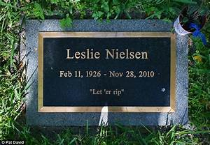 Hilarious tombstones allow people to keep showing humor ...