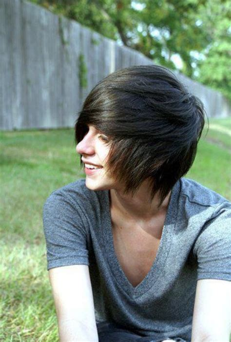 emo hairstyles for trendy guys emo guys haircuts