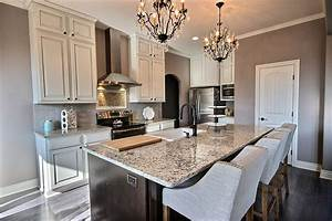small-luxury-kitchen-with-blanco-tulum-granite-counters