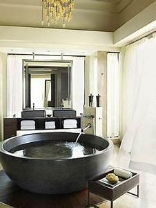 Freistehende Badewanne Im Schlafzimmer : freistehende badewanne blickfang und luxus im badezimmer freistehende badewanne badewannen ~ Bigdaddyawards.com Haus und Dekorationen