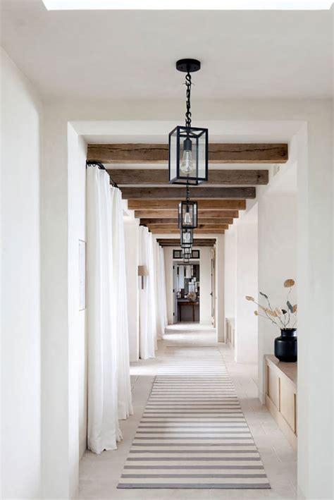 foto de 20 Idee per Arredare il Corridoio nella Zona Notte