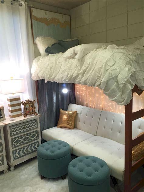 pin  dawn daniels  bedding   dorm room designs