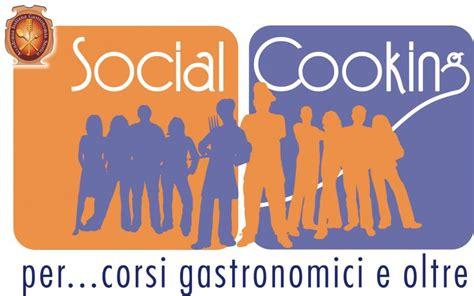 cora si e social social cooking per corsi di cucina e oltre