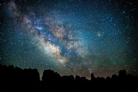 The Sky This Week For March April Astronomy