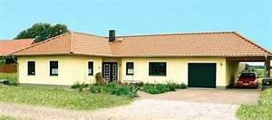 Bungalow Mit Garage Bauen : bungalow mit doppelgarage die neuesten ~ Lizthompson.info Haus und Dekorationen