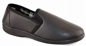 Mens faux leather cushioned slip on rubber sole bedroom for Mens leather bedroom slippers