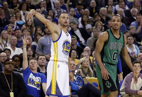 Isaiah Thomas, Boston Celtics end streak, topple Stephen ...