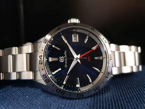 grand seiko  quartz gmt sbgn mens fashion watches