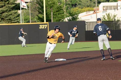 iowa baseballs whelan takes leadership role daily iowan