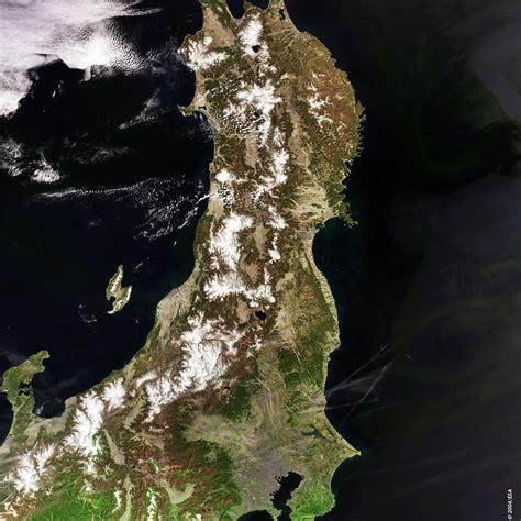 Space In Images 2004 06 Japan Tokyo Meris 15