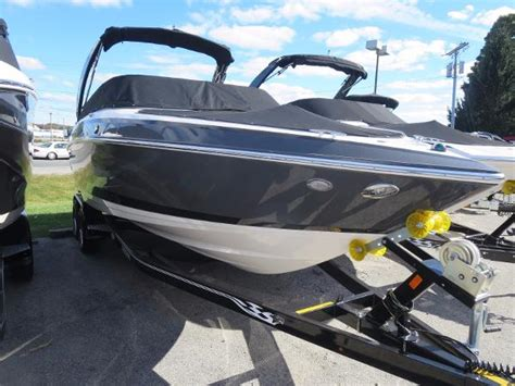 Boat Slip For Sale Traverse City by For Sale New 2016 Regal 2500 Bowrider In Traverse City