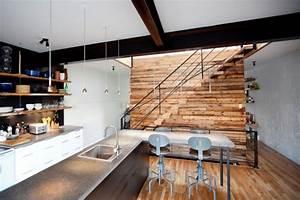 recuperer le bois de grange tendance et caractere With planche de bois pour mur interieur