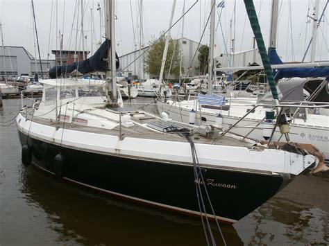 Kajuitzeilboot Huren Ijsselmeer by De Zwaan Kajuit Zeilboot Lemmer Botentehuur Nl