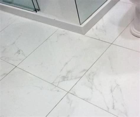 porcelain floor tiles porcelanosa marmol carrara blanco