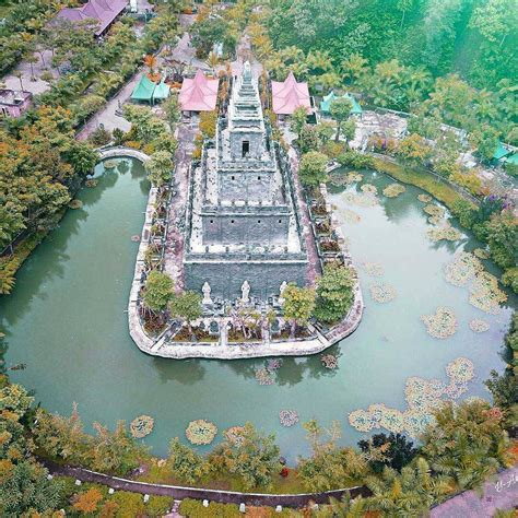 lembah tumpang resort  kolam renang  sumber air