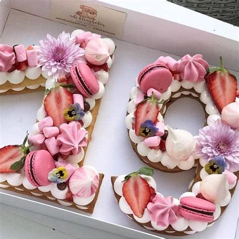 les  belles idees de decoration de number cakes