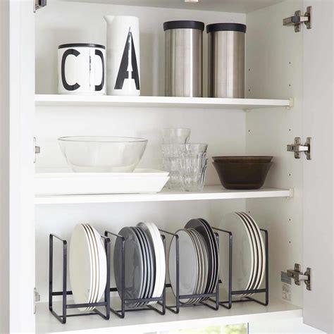 ikea meuble de cuisine haut range assiette noir rangement vertical vaisselle