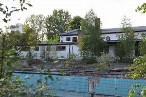 Pools In Berlin : bvg freibad an abandoned open air pool in berlin andberlin ~ Eleganceandgraceweddings.com Haus und Dekorationen