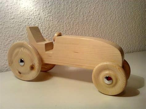 spielzeug selber bauen holz mein erster traktor aus holz bauanleitung zum selber bauen holzspielwaren