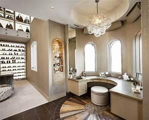 Luxury Walk In Closet - Design Decoration