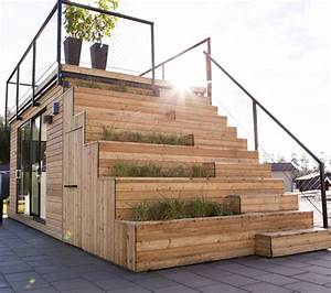 Swedish cabin with roof top garden and retractable outdoor