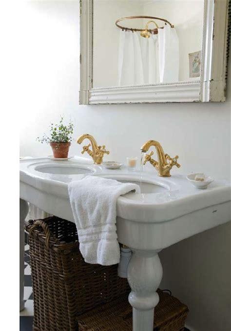 double parisian pedestal sink cottage bathroom skonahem