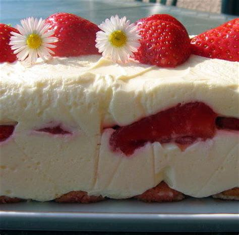 la cuisine de aux fraises tiramisu aux fraises 224 l amande la cuisine facile de tini