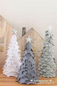 Weihnachtsbäume Aus Papier Basteln : die besten 25 papier weihnachtsb ume ideen auf pinterest papierb ume weihnachtsbaum ~ Orissabook.com Haus und Dekorationen