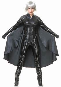Thunder, Superheroine, Costume