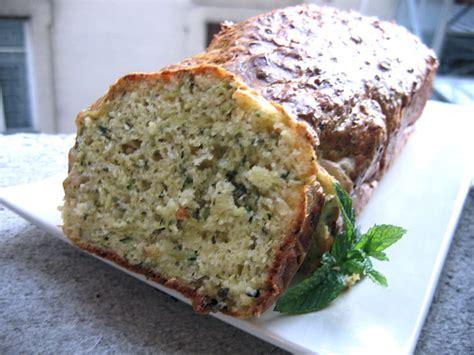 recette de cake aux courgettes  parmesan