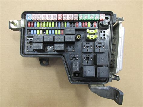 Dodge Ram 1500 Fuse Box by 2003 2004 2005 Dodge Ram 4 7l 1500 Integrated Power
