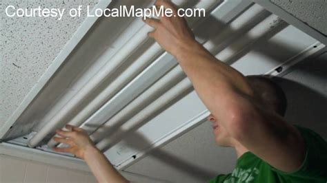 Fluorescent Lights: Remove Fluorescent Light Cover. How To