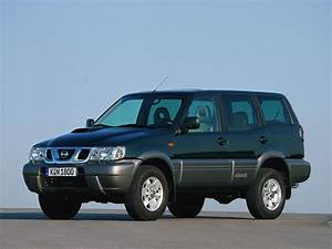 Nissan Terrano Ii  R20  2 7 Td  3 Dr   100 Hp