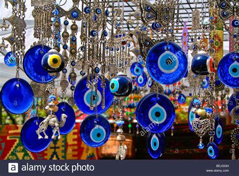 türkis stein bedeutung evil eye souvenir shop in the grand bazzar istanbul turkey stock photo 26223697 alamy