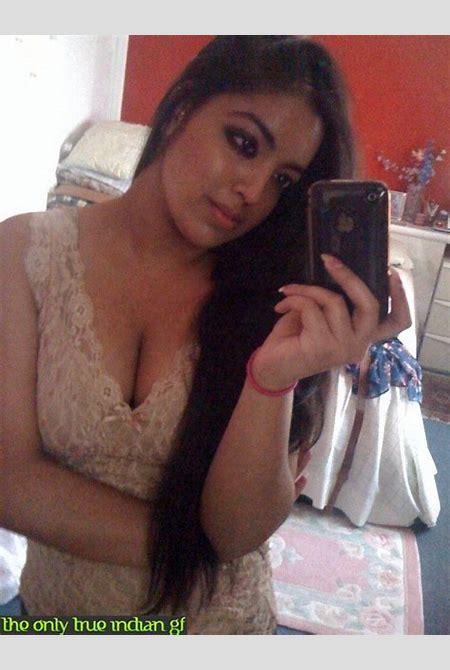 Busty Indian GF Bikini Nudes - Indian Sex Photos