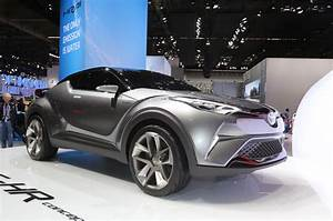 Toyota C Hr 2016 : subcompact toyota c hr crossover to be built in europe ~ Medecine-chirurgie-esthetiques.com Avis de Voitures
