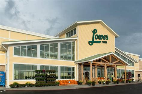 lowes sc it s official lowes foods is coming to lexington southern visions realty