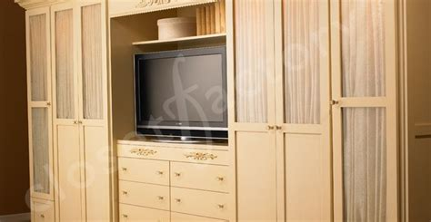 tv   middle   closet areas