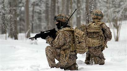 Military Snow Soldiers Wallpapers Allwallpaper Pc
