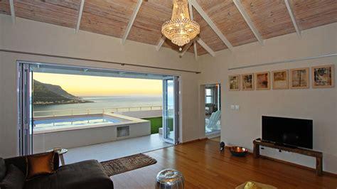 Living Room Cafe Town by Photos Of Villa Ikapa In Cape Town Villanovo