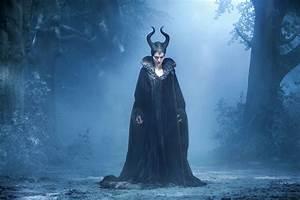 16 New Stills from Disney's 'Maleficent' | We Geek Girls