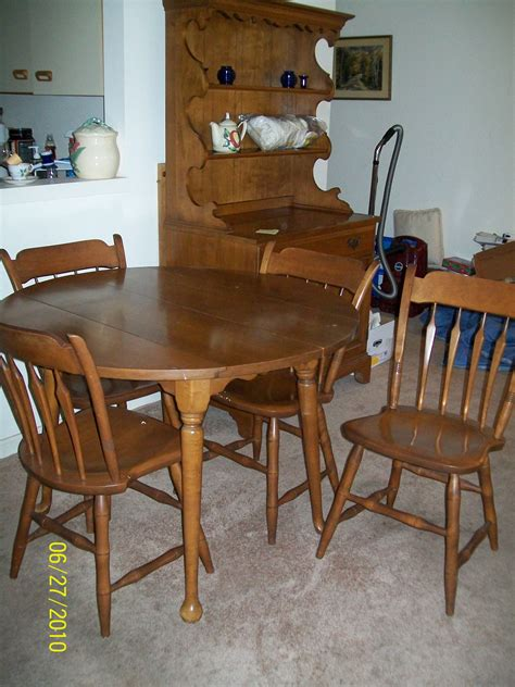 maple kitchen tables for sale maple hutch table with 4 chairs for sale antiques