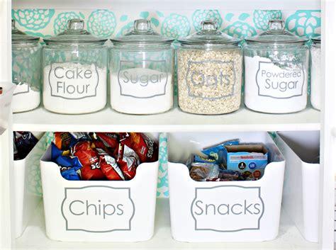 organize  pantry   pretty pantry makeover