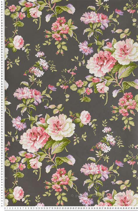 foto de Fleurs claissiques roses fond ardoise Papier peint