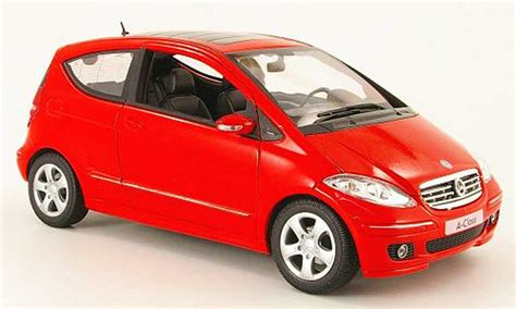 classe a 3 portes mercedes classe a miniature 200 3 portes welly 1 18 voiture miniature