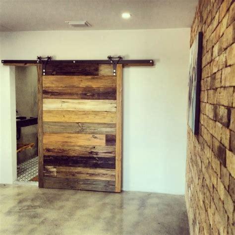 Les portes coulissantes gagnent de l'espace avec douceur
