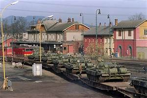 Russia To Revive Soviet-Era Armored Trains As $400B ...